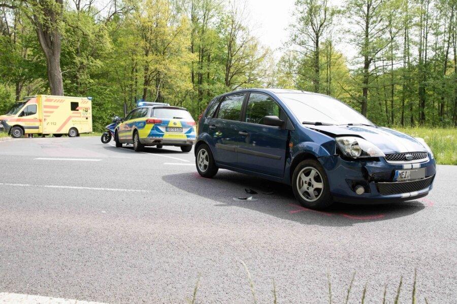 Schwerer Verkehrsunfall bei Siebenlehn