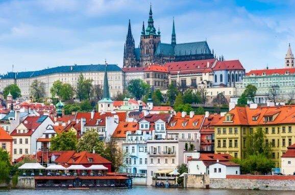 Eine Städtereise nach Prag ist ab Samstag wieder möglich.