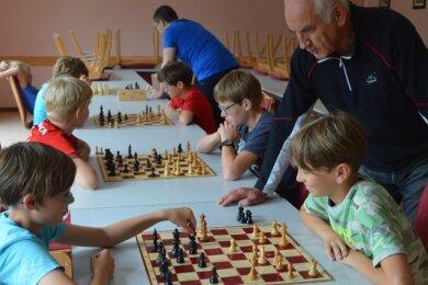 Der Schachnachwuchs liegt Bernd Kreßner besonders am Herzen. Er begann als Fünfjähriger zu spielen.
