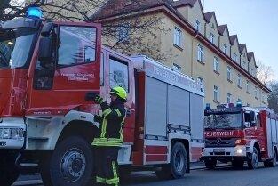 Mit einem Großaufgebot rückte die Feuerwehr aus.