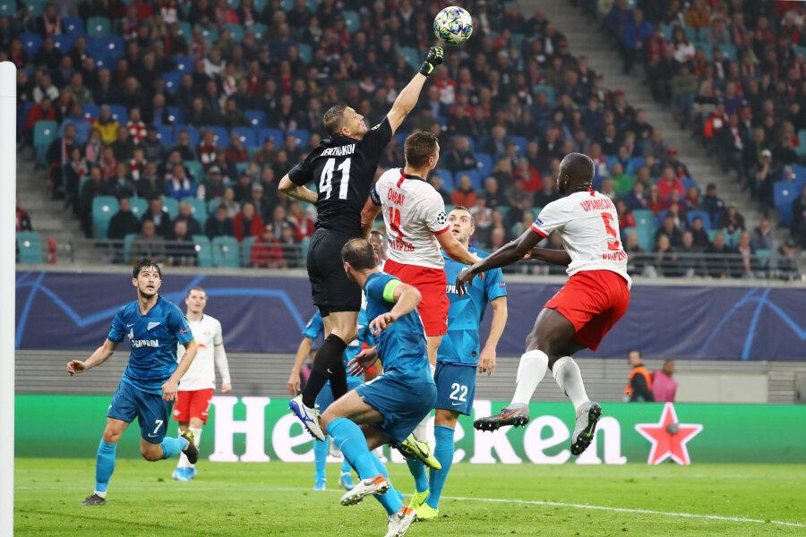 Erster Heimsieg: RB Leipzig zieht an St. Petersburg vorbei