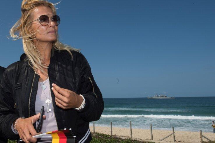 Franziska van Almsick als Zuschauerin bei den Olympischen Spielen in diesem Sommer am Ufer des Atlantiks in Rio de Janeiro.