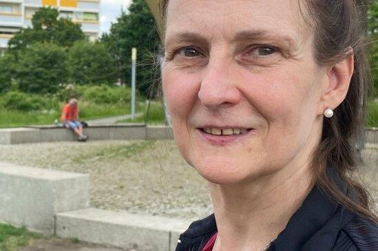 Ballettchefin Sabrina Sadowska, die Festivalleiterin, war per Fahrrad zwischen den Aufführungsorten unterwegs.