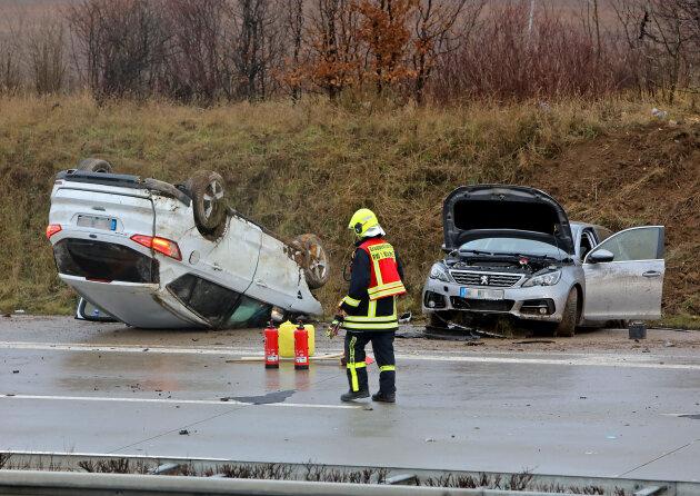 Autobahn bei Glauchau nach Unfall gesperrt