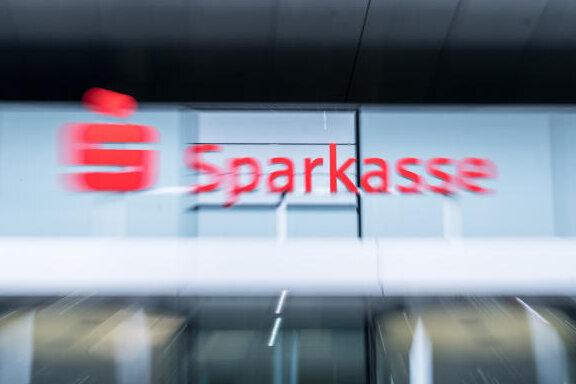Klage gegen die Sparkasse: So kann man sich beteiligen