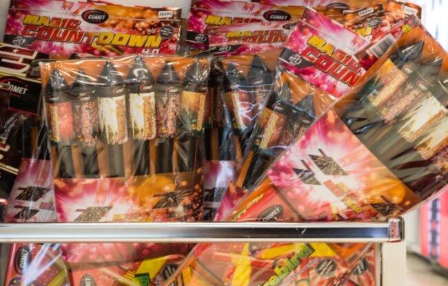 Nach Dresden und Chemnitz hat auch der Erzgebirgskreis Einschränkungen für das Abbrennen von Feuerwerkskörpern festgelegt.