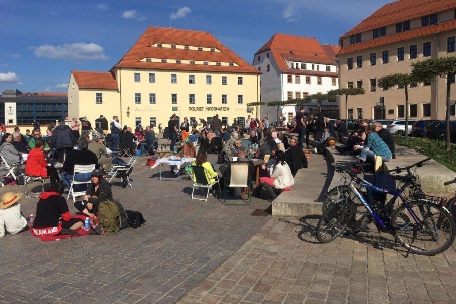 Keine Anzeigen zu Picknick auf dem Freiberger Schlossplatz