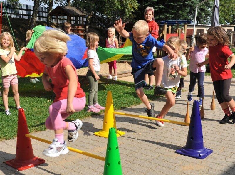 """<p class=""""artikelinhalt"""">Bewegung im Freien wird in der Saydaer Kindertagesstätte """"Bahnhofsspatzen"""" groß geschrieben - und das bei (fast) jedem Wetter. </p>"""