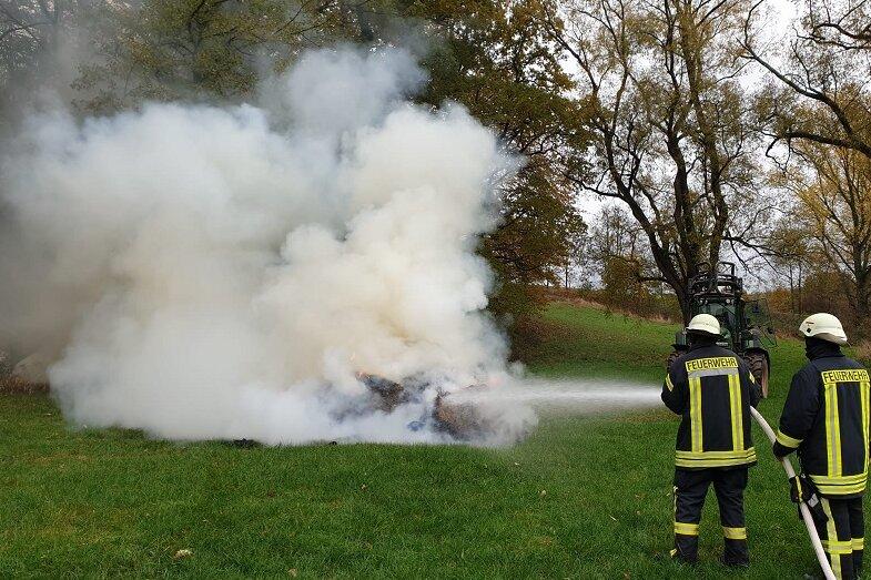 Feuerwehr muss nach Rauchquelle suchen
