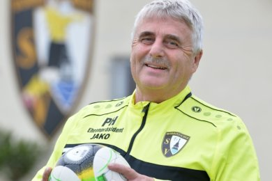 Weiter am Ball: Peter Hilgenberg wurde nach 25 Jahren an der Spitze des Bobritzscher Sportvereins zum Ehrenpräsidenten des Vereins ernannt. Als Übungsleiter ist er weiterhin im Nachwuchsbereich tätig.