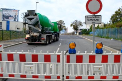 Die Freigabe der Friedensstraße in Reichenbach wird von vielen Autofahrern sehnsüchtig erwartet.