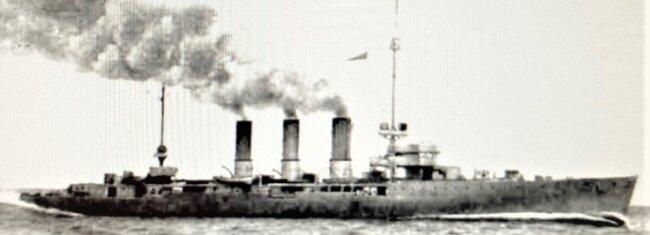 Der am 1. Juni 1916 im Skagerrak versenkte Kleine Kreuzer Wiesbaden, auf dem auch der Tannenbergsthaler Ernst Schädlich diente.