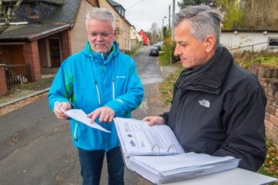 Michael Keller (l.) und Carsten Korn, Anwohner der Lutherstraße, haben die Bürgerinitiative gegründet. Aktuell gibt es 40 Mitglieder.
