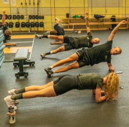 Das Team Reggeborgh, zu dem Eisschnellläufer der niederländischen Nationalmannschaft gehören, hat die Anlagen des Bundesstützpunkts Oberwiesenthal bereits für ein Trainingslager genutzt.