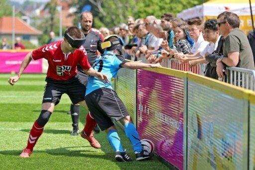 Stuttgart und St.Pauli spielen im Endspiel gegeneinander