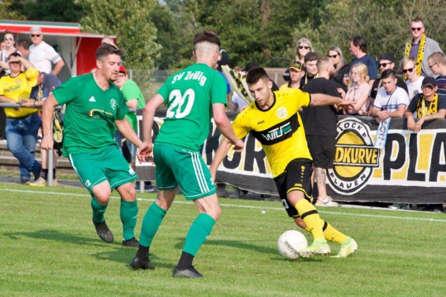 Neuzugang Daniel Böttcher (rechts) erzielte für den VFC Plauen vergangene Woche sein erstes Pokaltor gegen den SV Zeißig. Gegen Krieschow möchte er nun auch seinen zweiten Treffer in der Oberligasaison bejubeln.