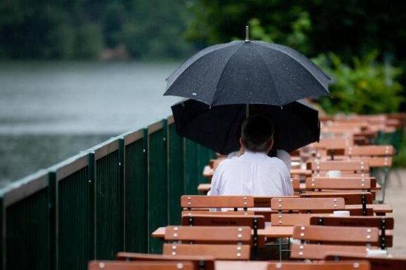 Regen, Regen, Regen: Vielerorts so viel Niederschlag wie im ganzen Oktober in Sachsen