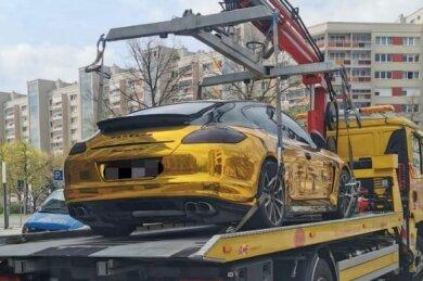 Der Funkel-Porsche wurde am Freitagmorgen abgeschleppt.