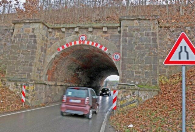 Der Tunnel in Langenhessen bleibt noch einige Jahren in seinem jetzigen Zustand bestehen. Ein Ersatzneubau ist in weite Ferne gerückt.