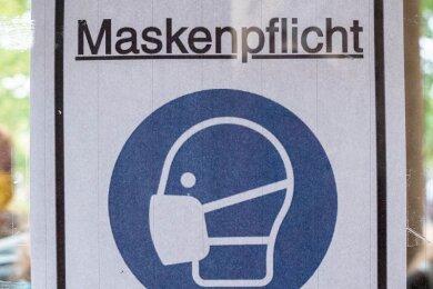 Auch gegen die Maskenpflicht wurde im Landkreis mehrfach verstoßen.