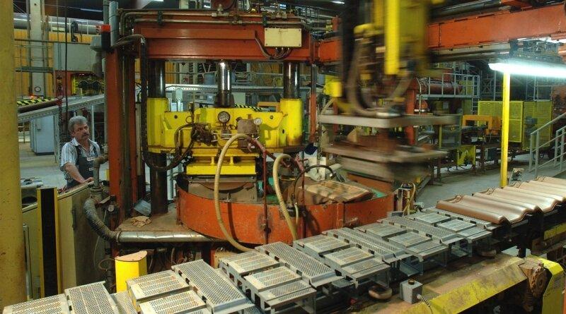 Im Dachziegelwerk Obergräfenhain der Monier-Firmengruppe soll die Produktion nach Kurzarbeit im Vorjahr nun wieder voll anlaufen.