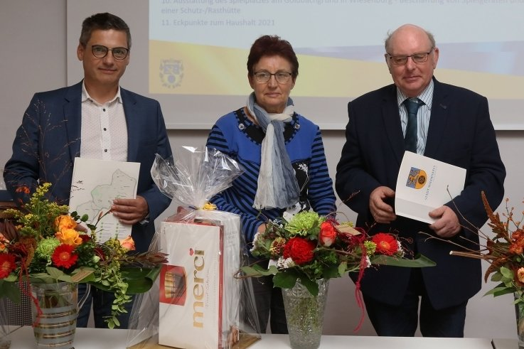 Heiko Burchard, Anni Porstmann und Frank Mempel engagieren sich seit 30 Jahren ehrenamtlich als Stadträte in Wildenfels.