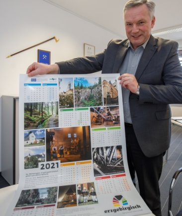 Michael Riedel präsentiert den Welterbe-Kalender 2021. Ausgangspunkt dafür war ein Fotowettbewerb für Jedermann.