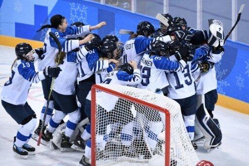 Finnland holt Bronze im Frauen-Eishockey