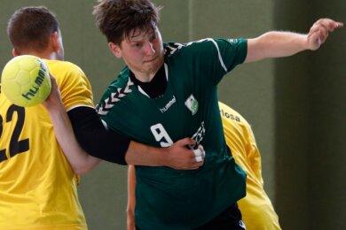 Niclas Mertins bringt als Spielmacher des HV Grüna ein gutes Durchsetzungsvermögen und Übersicht mit.