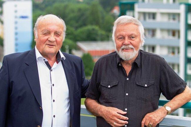 Eberhard Eisel (rechts) und Peter Albig glauben, einen Standort für die traditionsreichen Metallbuchstaben gefunden zu haben.