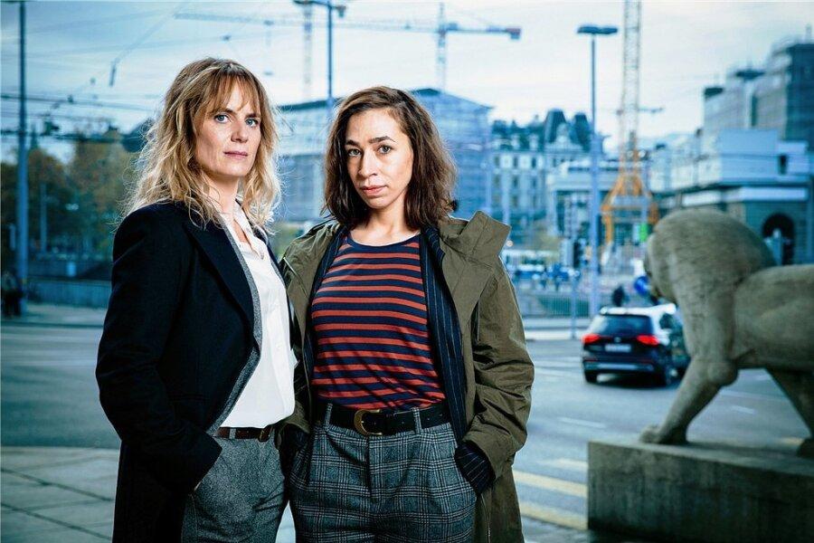 Können sich nicht leiden: die neuen Ermittlerinnen Isabelle Grandjean (gespielt von Anna Pieri Zuercher, links) und Tessa Ott (Carol Schuler).