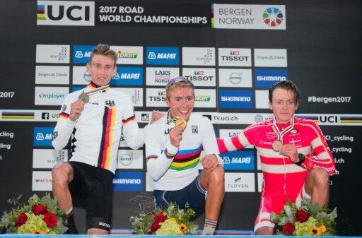 Lennard Kämna (links) gewann im U23-Straßenrennen Silber