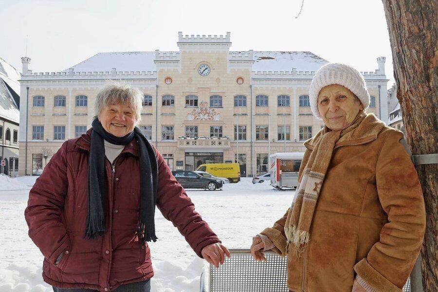 Brigitte Trommer (links), Leiterin der Gruppe, und ihre Vorgängerin Antje Uebel.