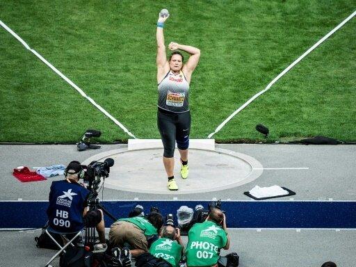 Christina Schwanitz holt Platz drei in Brüssel