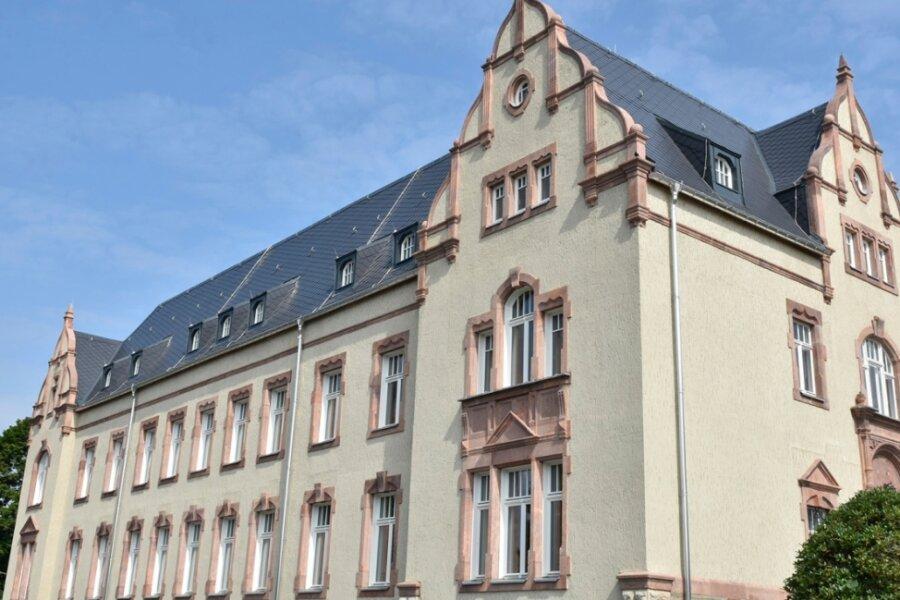 Musikschule Markneukirchen: Mit schicker Fassade geht es nun in letzte Bauphase