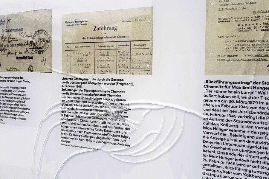 Unbekannte haben drei der vier Glaswände am Gedenkort für politische Gefangene am früheren Gefängnis auf dem Chemnitzer Kaßberg beschädigt.