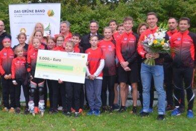 Zum dritten Mal nach 2002 und 2011 wurden die Mylauer Eisschnellläufer jetzt mit dem Grünen Band geehrt.