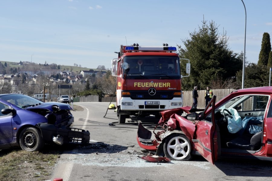 Zwei Verletzte bei Unfall in Lengenfeld
