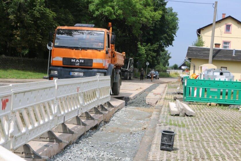Straßeninstandsetzung nach Erdgasverlegung in Mühltroff