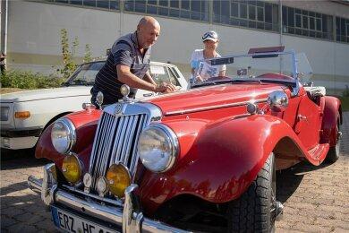 Frank Müller aus Zwönitz kam mit seinem MG TF aus dem Jahr 1953 nach Geyer.