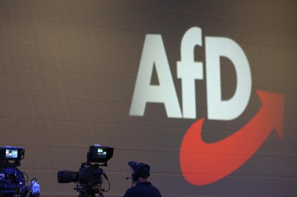 Austritte aus der AfD-Fraktion: Abschiedsgruß an die Radikalen