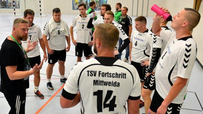 Auf gehts in die Punktspiele: Die Bezirksliga-Handballer von Fortschritt Mittweida empfangen am Samstag den VfB Lengenfeld. In der Kreisliga gibt es beim Heimspielnachmittag der Mittweidaer gleich zwei regionale Duelle.