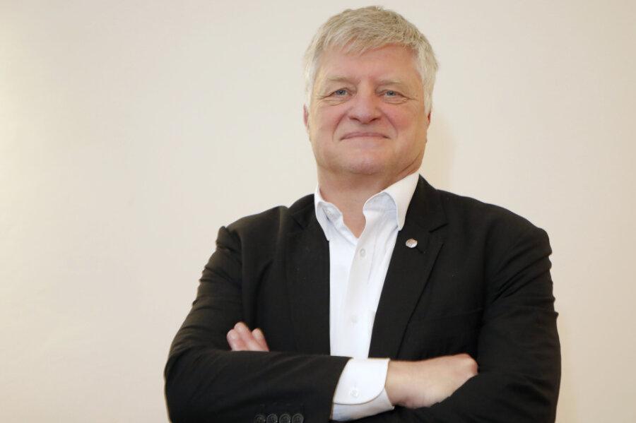 Der AfD-Bundestagsabgeordnete Ulrich Oehme bereut, sich die Reise als Wahlbeobachter auf die von Russland annektierte Krim vom russischen Parlament bezahlt haben zu lassen.