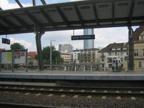 Der ICE-Bahnhof Jena-Paradies.