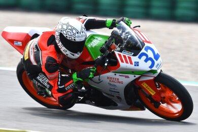 Toni Erhard aus Pöhla fuhr auf seiner KTM der Konkurrenz dieses Jahr nur hinterher. Nun schaut er sich nach einem neuen Motorrad um, denn 2021 will der Titelträger von 2018 wieder vorn mitmischen.