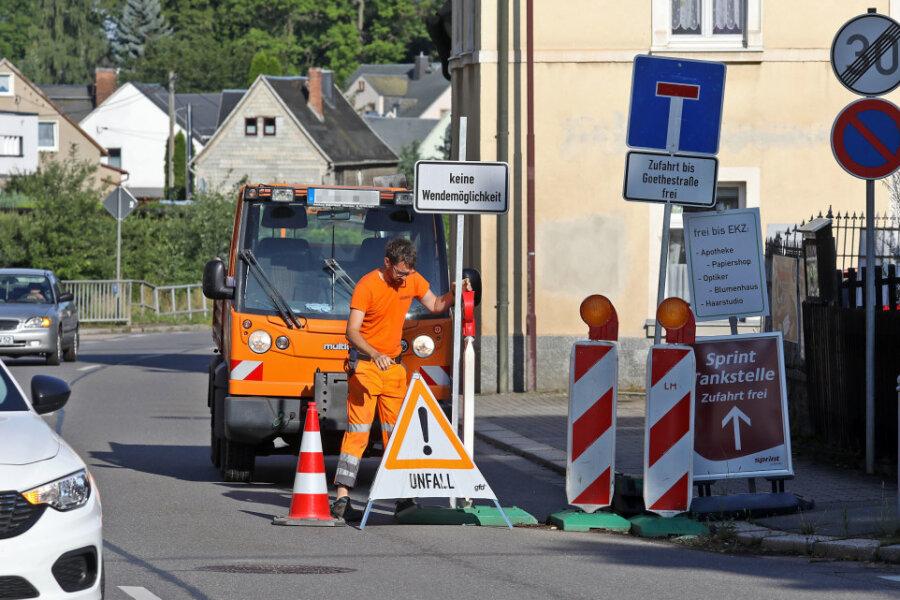 """Straße """"Am Bach"""" in Oberlungwitz ist derzeit gesperrt"""