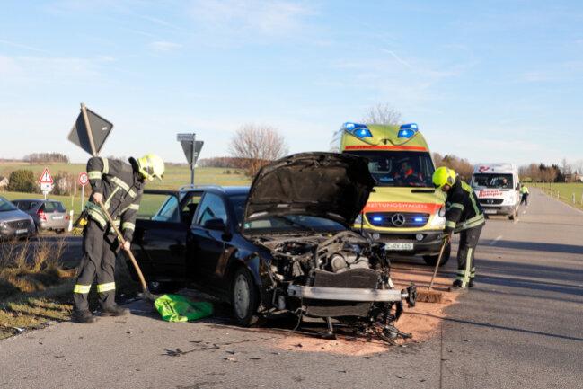 Die Augustusburger Straße wurde zur Unfallaufname voll gesperrt.