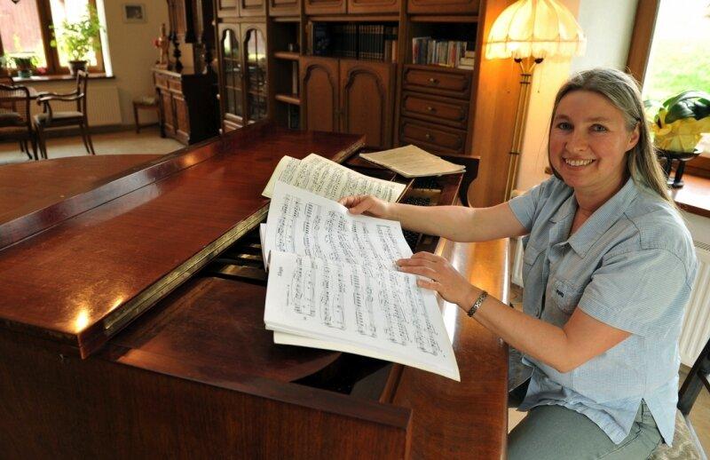 "<p class=""artikelinhalt"">Pianistin Franziska Trommler lädt Musikfreunde auch zu sich nach Hause ein.</p>"