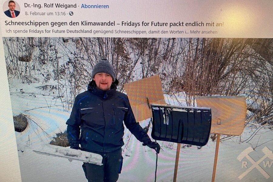 AfD-Politiker Rolf Weigand bietet auf Facebook den Mitstreitern der Initiative Fridays for future Schneeschippen an. Bildschirmfoto: Heike Hubricht