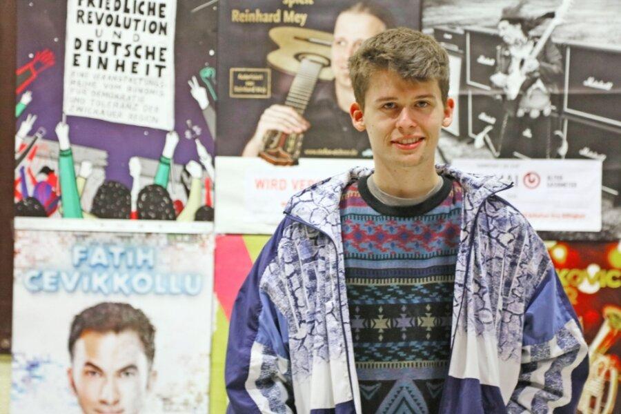 """Jakob Springfeld am Rande einer Veranstaltung im """"Alten Gasometer""""."""